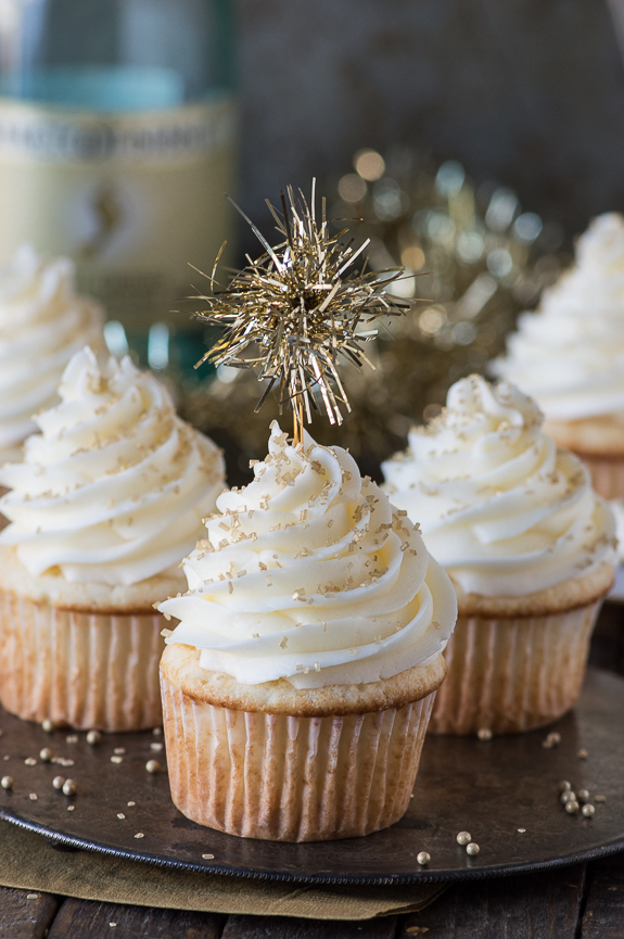 15 Silver and Gold Dessert Recipes to Make Your New Year ...