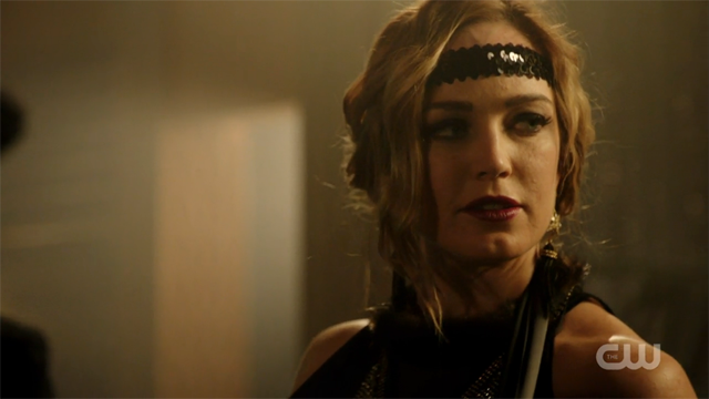 Sara Lance dressed as a flapper