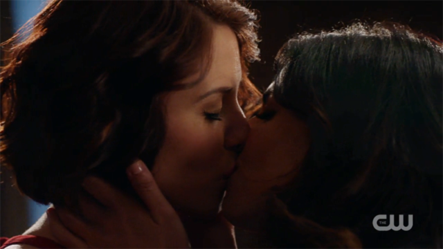 Maggie and Alex kiss