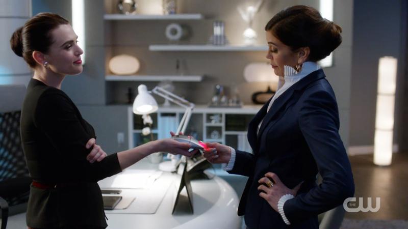 Lena tests Rhea's DNA