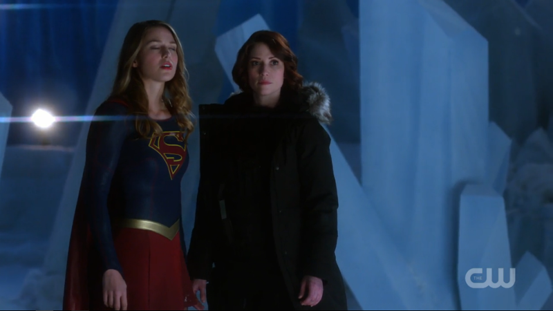 Kara looks like she's rolling her eyes and Alex looks like she's Over It but it's just an awkwardly taken screenshot