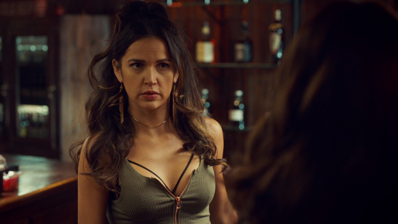 "Rosita is giving Wynonna the ""what do you want"" bartender eye"