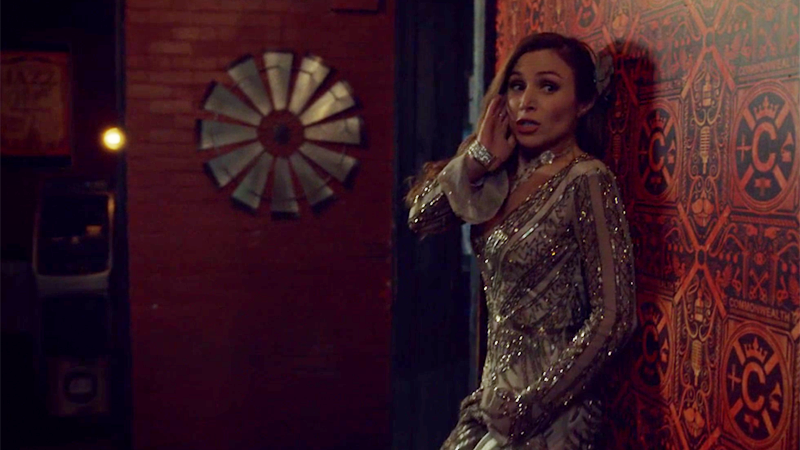 Waverly is panicking into her earpiece