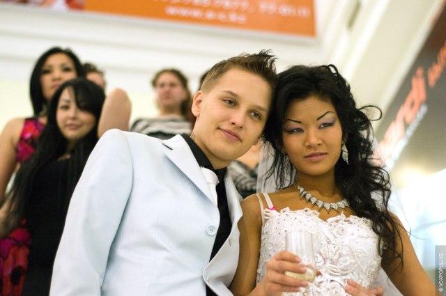 Kristina and Karolina's wedding in Kazakhstan by Vox Populi