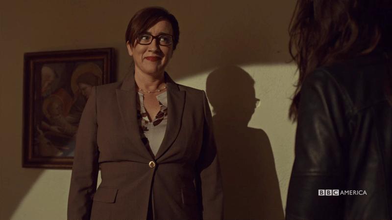 Mrs. S is looking goooood in glasses