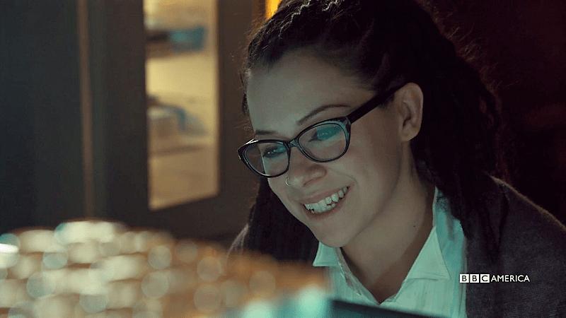 Sarah smiles at her sestras