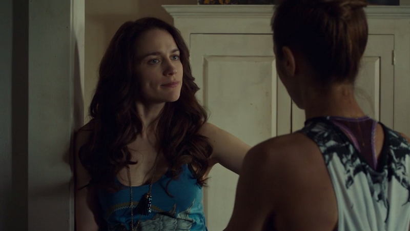 """Wynonna gives Waverly a sassy """"hush your mouth"""" face"""