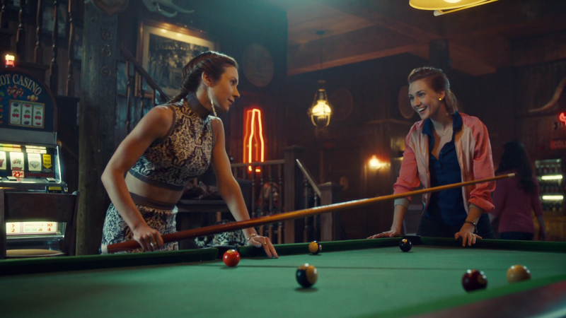 Waverly and Nicole play pool at Shorty's