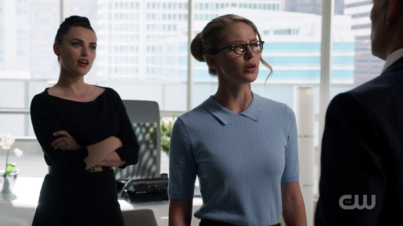 Kara stands in front of Lena as if to protect her