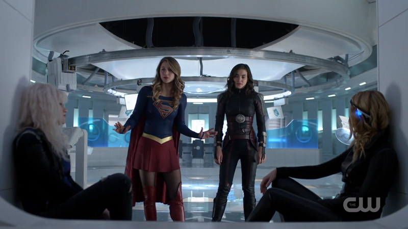 supergirl scolds her fellow space girls