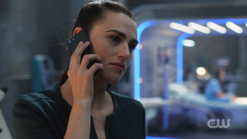 Lena Luthor is on the phone