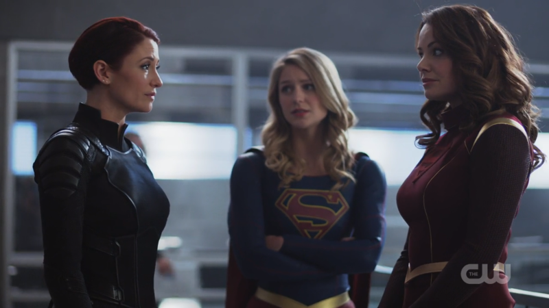 Kara stands between Alex and Alura