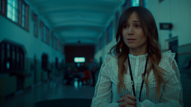 waverly looks distraught