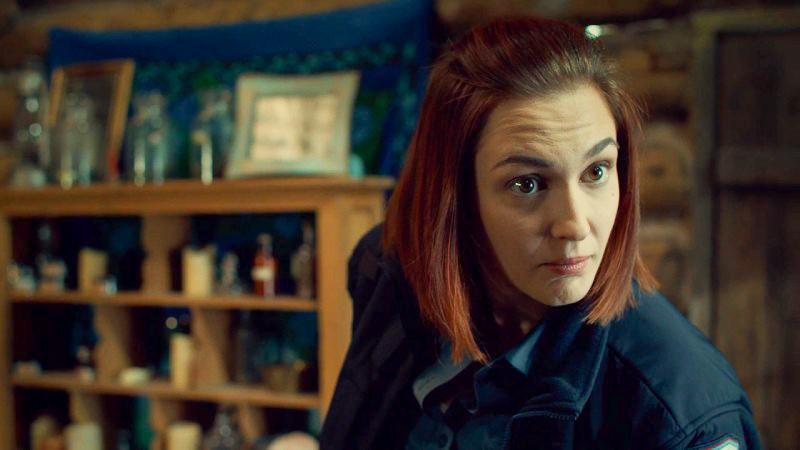 Nicole looks impressed with Doc's bisexuality