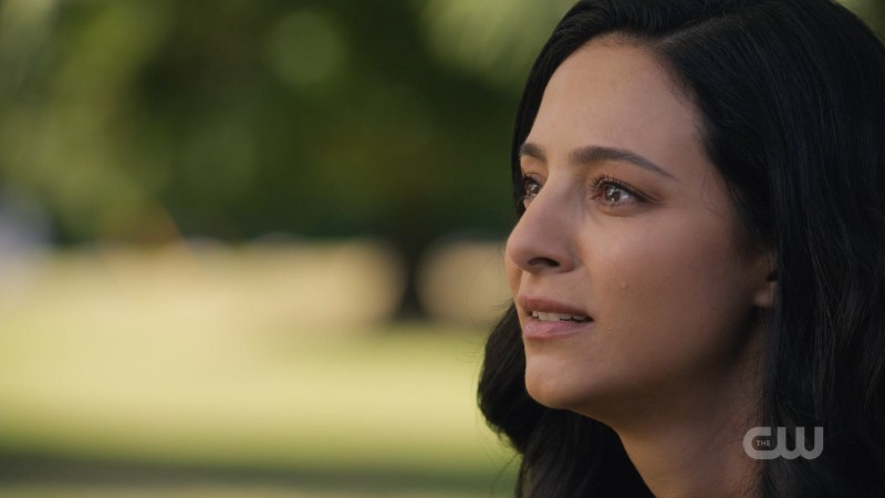 Zari has tears in her eyes and it HURTS