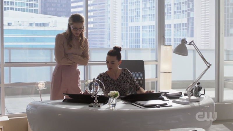 Lena felicity smoaks all over the place