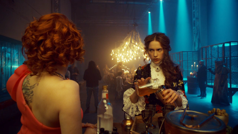 Wynonna makes drinks while talking to Mercedes