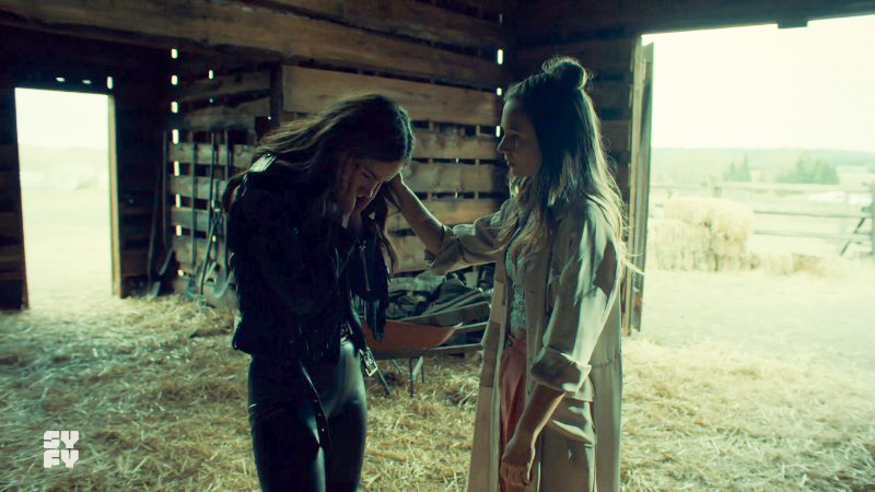 Waverly comforts Wynonna again but htis time in the barn