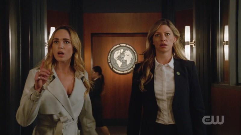 Sara and Ava look shook