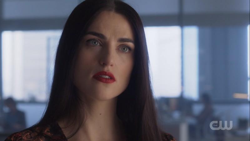 Lena glares down James