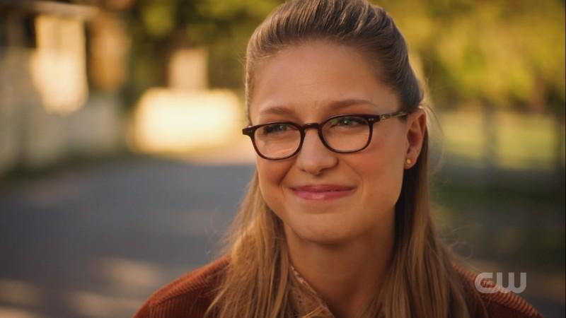 Kara smiles at Clark