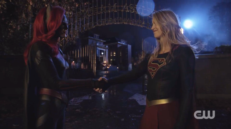 Supergirl batwoman