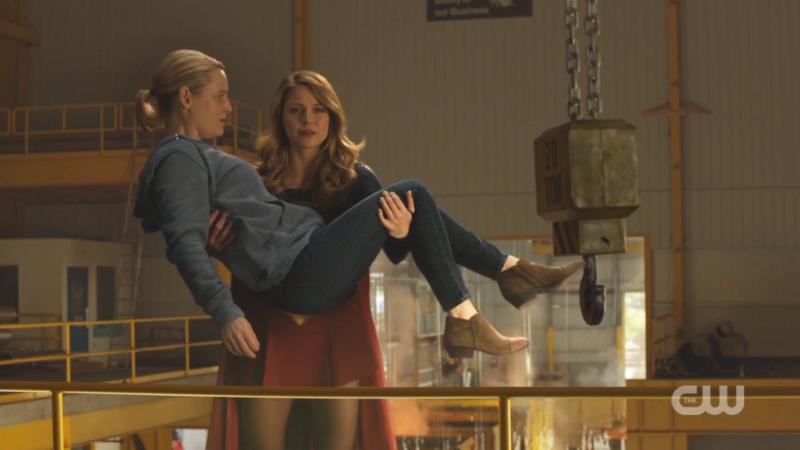 Supergirl saves Lydia