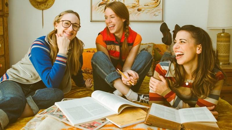 Ashley Johnson, Marisha Ray, Laura Bailey, beautiful nerds