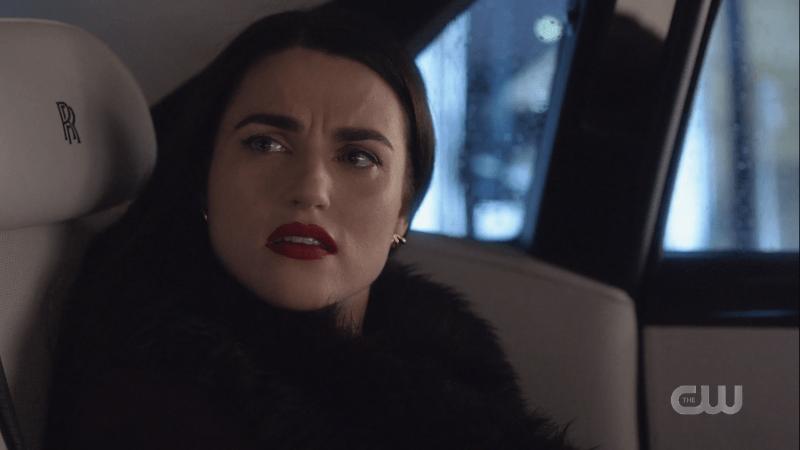 Lena gives James a wtf face