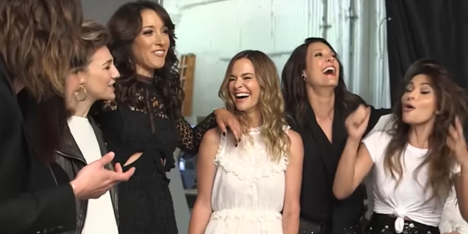 """The L Word Reboot Will Contain """"Sexy Stories About Sex,"""" Maybe Even Carmen"""