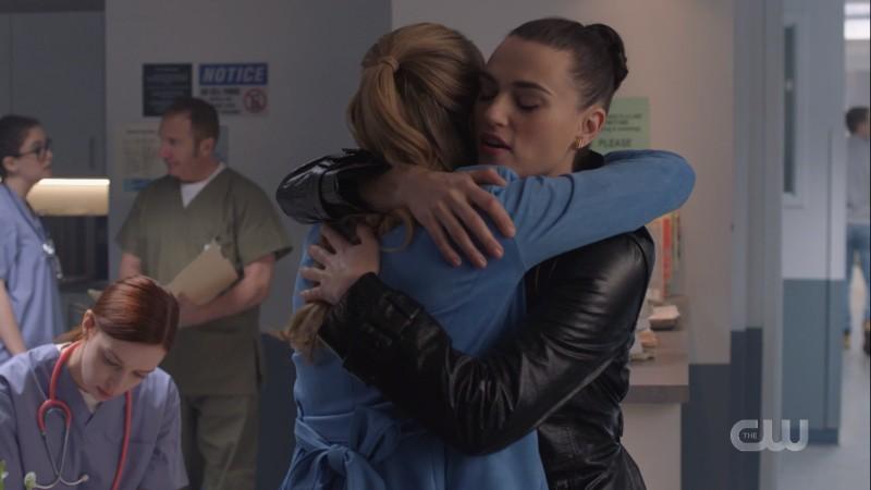 Lena gives Kara a big ol'hug