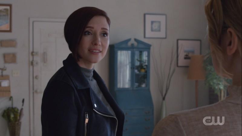Alex looks surprised to see Kara