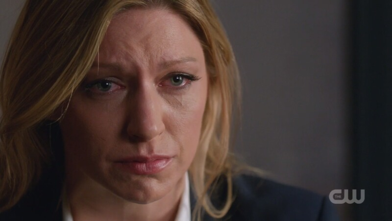Ava cries and it's very sad!!!!