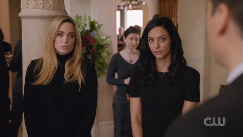Sara and Zari give Nate somber and supportive looks (but are still too hot for a funeral imo)