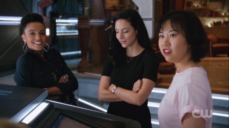 Charlie and Mona smirk at Zari