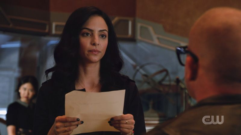 "Zari looks at Mick like ""absolutely not"""