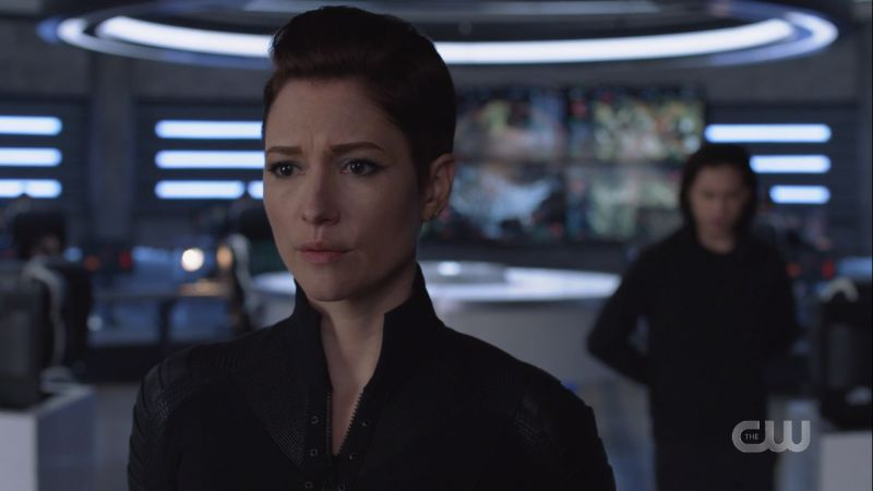 Alex looks concerned about Supergirl