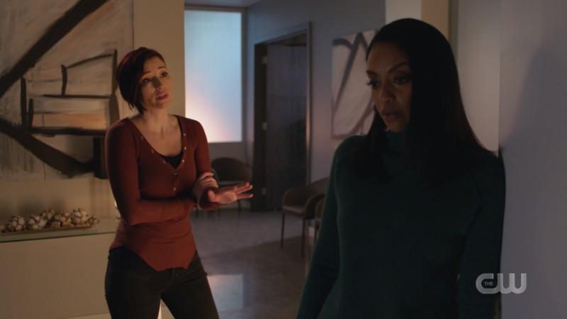 Alex talks passionately to Kelly