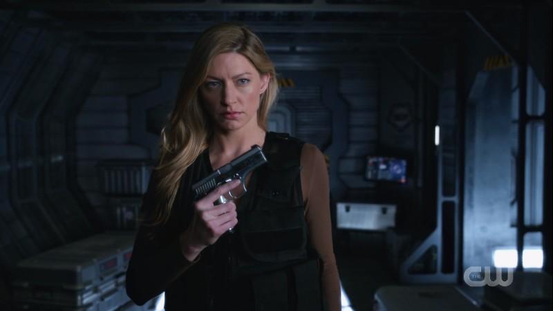 Ava's got a gun