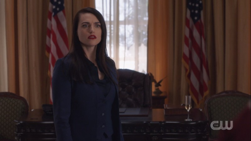 Lena stands in the oval office