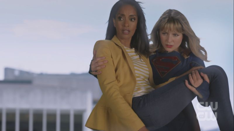 supergirl flies kelly to safety