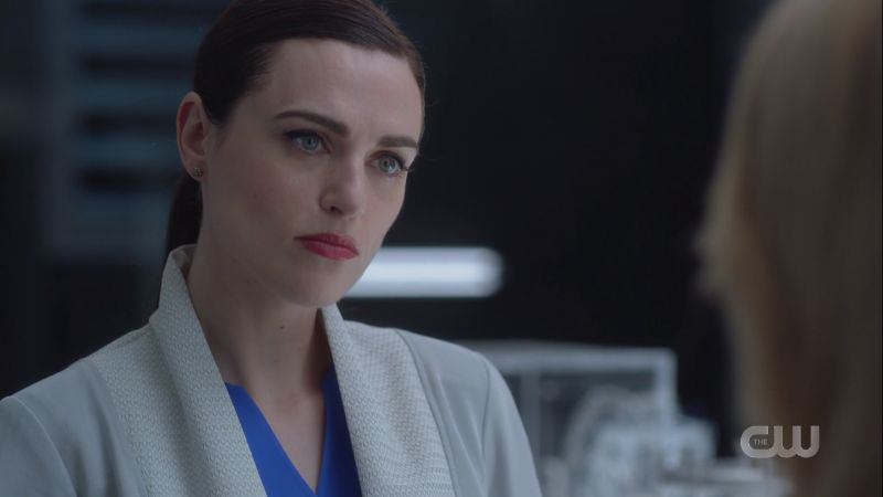lena looks decisive
