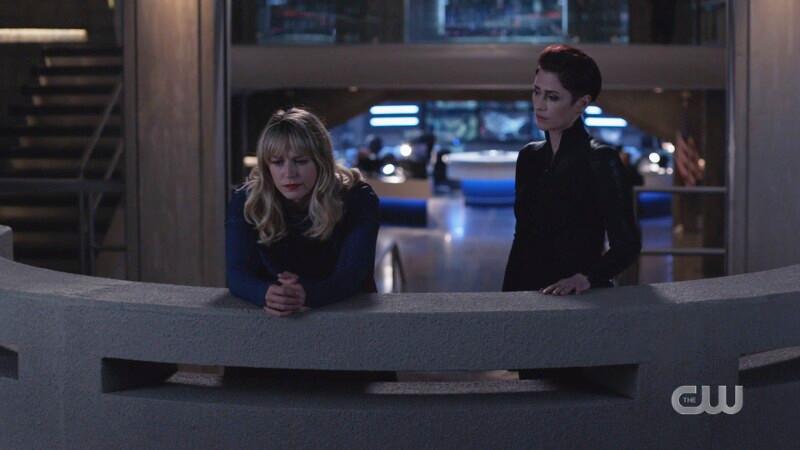 Kara looks so sad on the feelings balcony while alex looks on