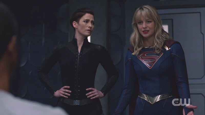 Kara looks desperate, Alex looks concerned still