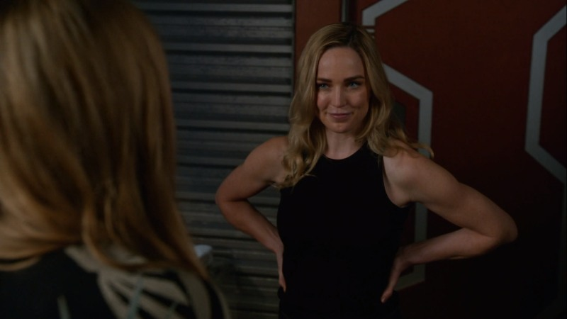 sara puts her muscly arms on her hips