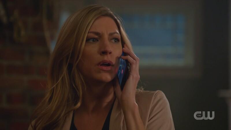 Ava on Sara's phone