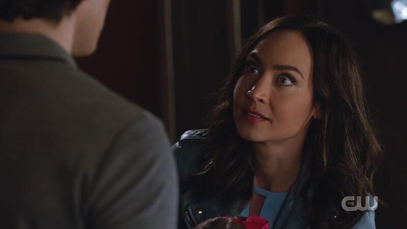 Nora flashes eyes at Ray