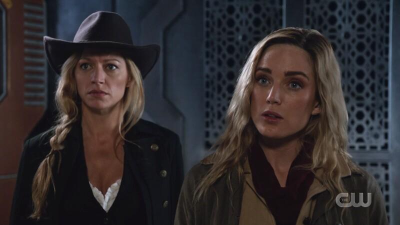 ava and sara in cowboy gear