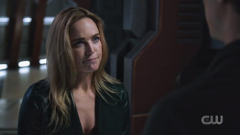 Sara gives Ray a stern look