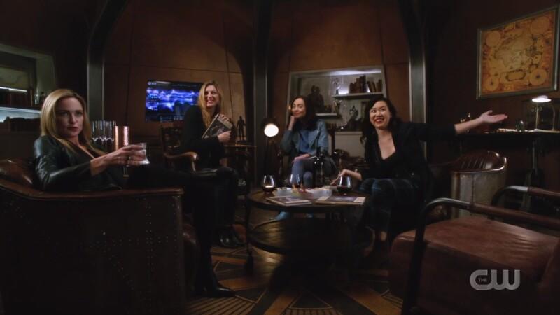 Sara, Ava, Nora and Mona in Book Club